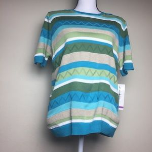 Alfred  Dunner Small  Sweater Short Sleeve Top